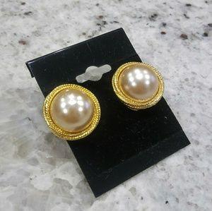 🎀Gold pearl earrings
